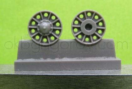 1/72 Idler wheel for T-34 mod.1942-45, with reinforcement rings around the holes