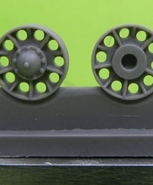 "1/72 Idler wheel for T-34 mod.1942, ""Ural"" type"