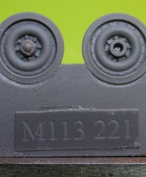 1/72 Wheels for M113