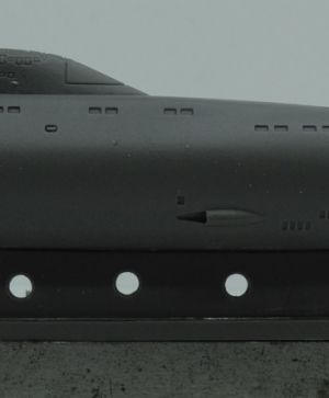 1/700 Soviet submarine project 671RT Syomga (NATO name Victor II)